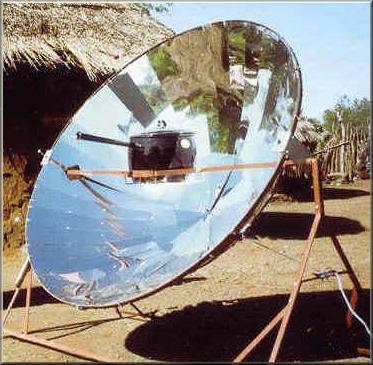 una cucina solare parabolica