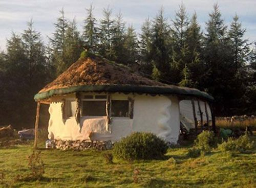 10-scotland-straw-bale-bl