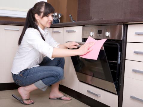 pulire-cucina-forno