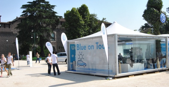 Volkswagen_Blue_on_tour