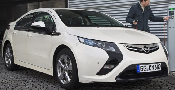 Opel-Ampera_2012