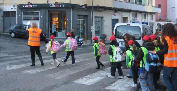 Piedibus_Scuola_Zanfagna_