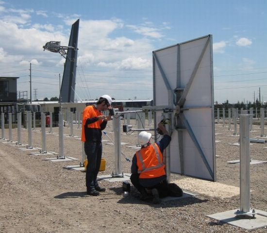 australias-largest-solar-thermal-tower-system-generates-power-using-sun-and-air_3vvlr_5638