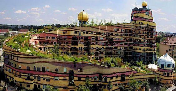 Waldspirale_Hundertwasser_Building