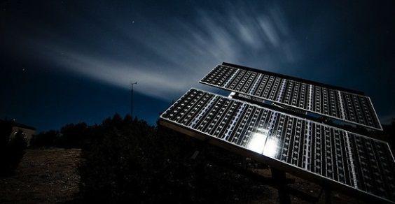 solar_panels_notte