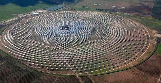 fotovoltaico_concentrazione_pi_grande_mondo