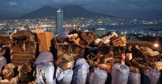 emergenza-rifiuti-napoli
