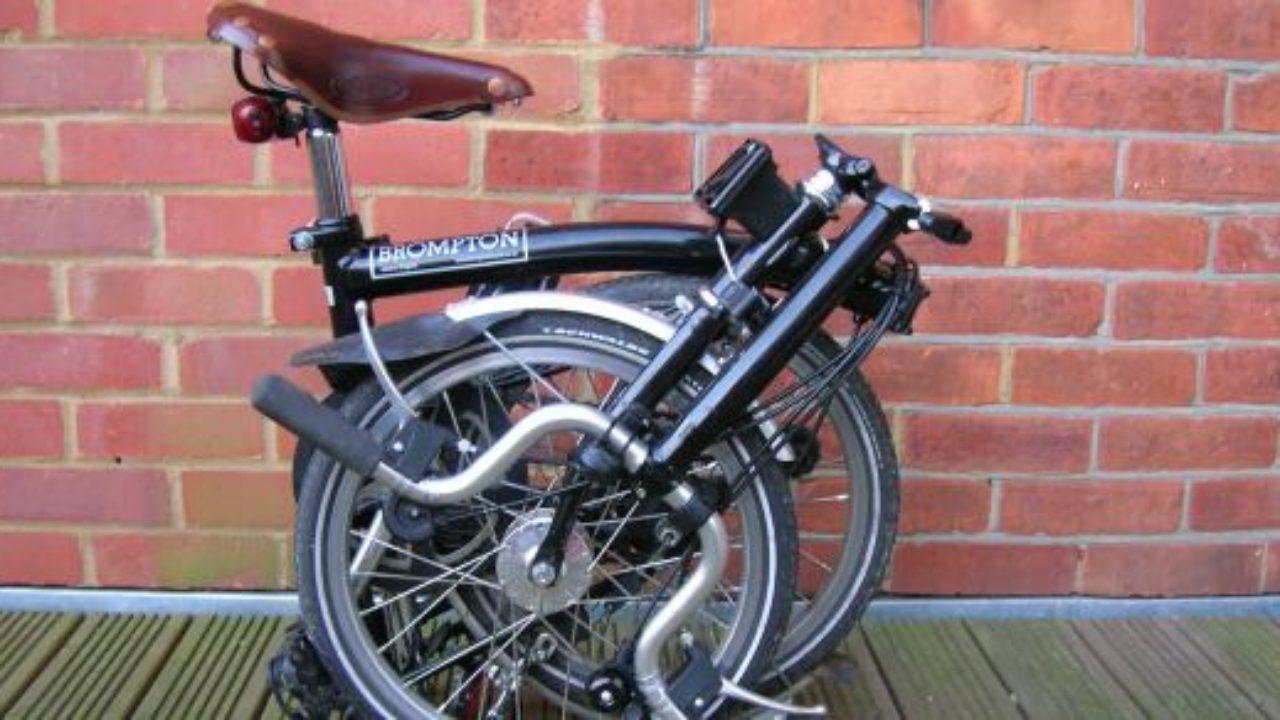 Brompton Bici Pieghevole.Dock Brompton A Londra Il Bike Sharing Si Fa Con Le Bici