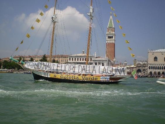 3.Venezia_No_grandi_navi