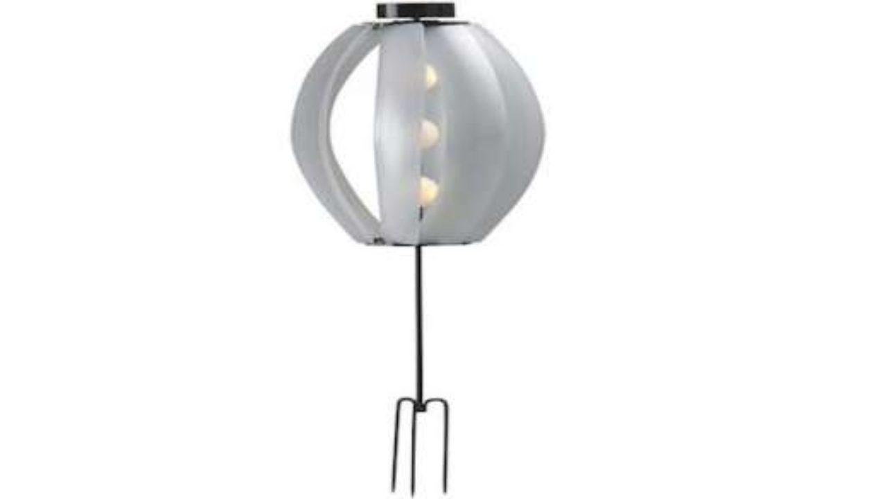 Lampade Da Esterno Moderne Ikea.Da Ikea La Lampada Da Esterni Alimentata Solo Da Sole E