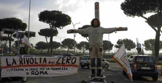 cittadini croce proteste