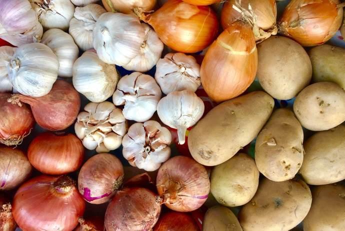 patate, aglio e cipolle