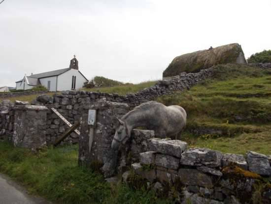 Per i sentieri sullisola di Inishmore
