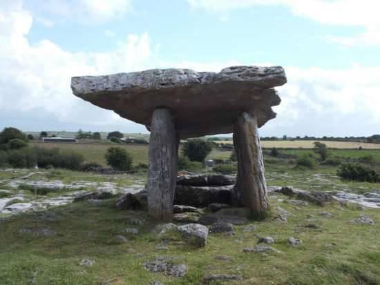 Resti di costruzioni preistoriche