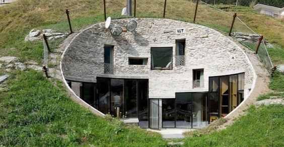house hill vals