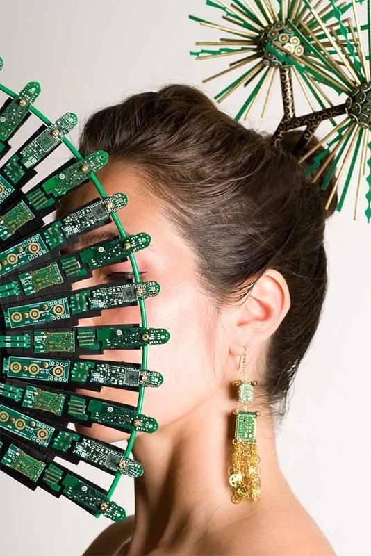 orecchini schede elettroniche