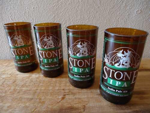 bottiglie birra bicchieri