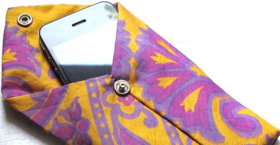 custodia cellulare cravatta