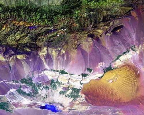 b2ap3_thumbnail_10.-Bogda-Mountains-in-China.jpg