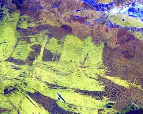 b2ap3_thumbnail_5.-Lake-Amadeus-in-Australia.jpg