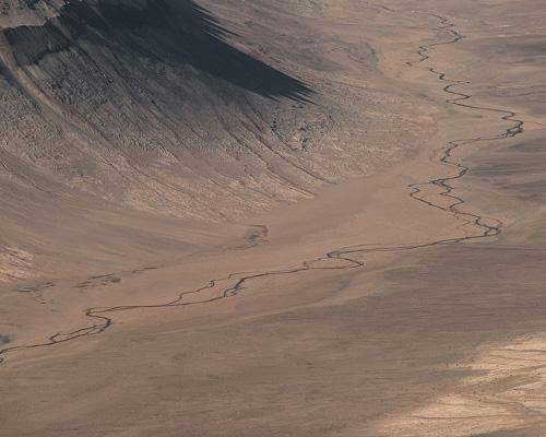 b2ap3_thumbnail_9.-The-Dry-Valleys-Antartide.jpg