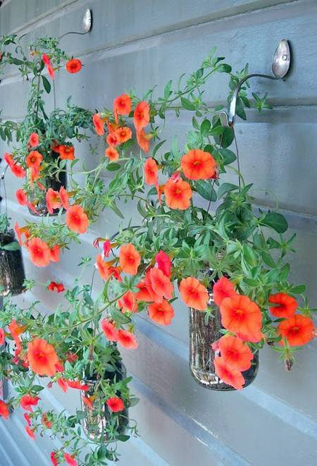 riciclo posate 6 giardino verticale