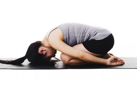 yoga posizione della foglia Fonte foto: breakingmuscle.com