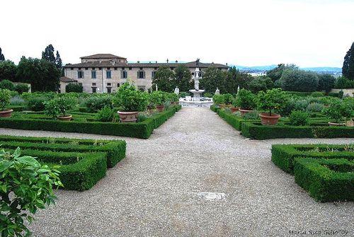 000004-Villa-Medicea-di-Castello