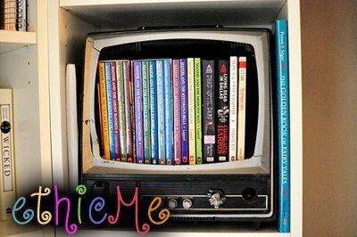 ric tv-libreriaW