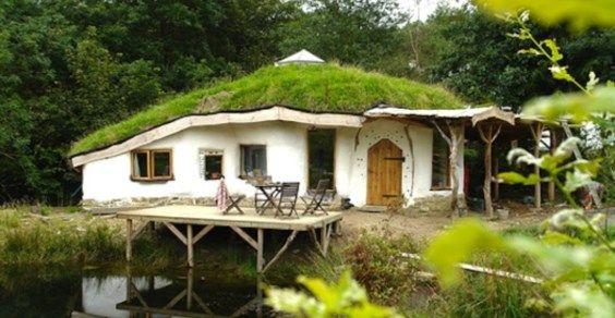 Charlies-Hobbit-House