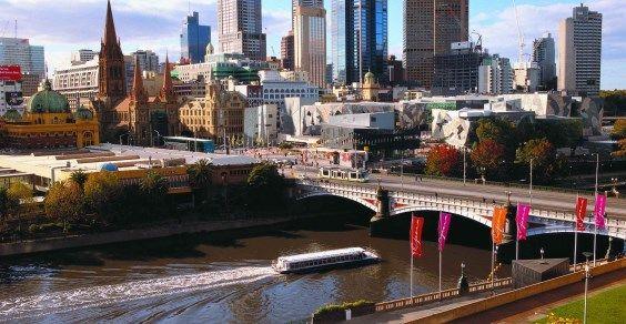 Melbourne skyline 923117-305
