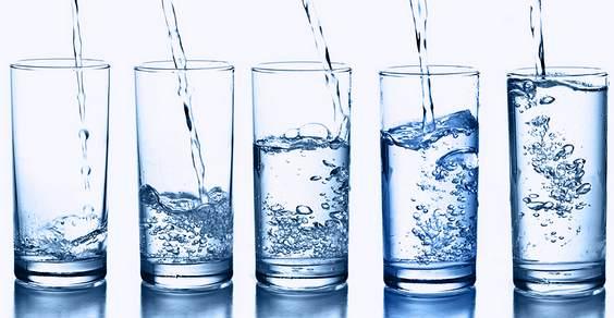acqua pura alcalina ionizzata