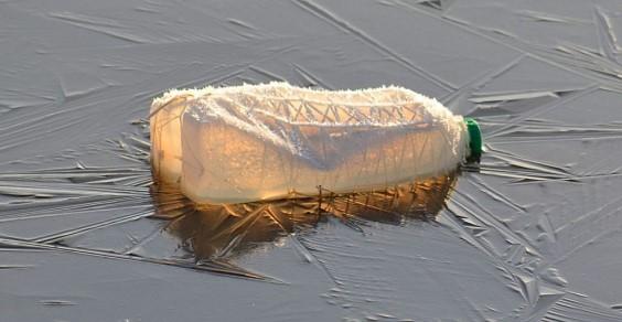 plastica lago garda