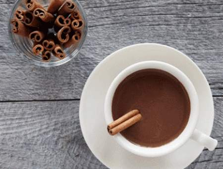 cioccolata calda cannella