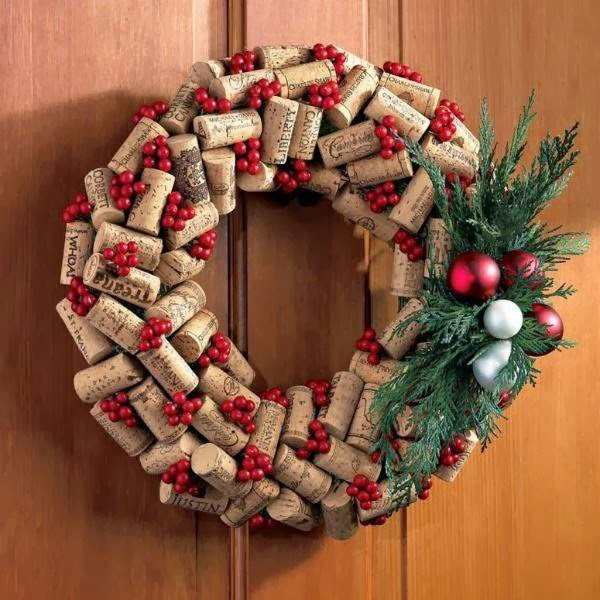 Immagini Di Ghirlande Di Natale.Idee Per Realizzare Una Ghirlanda Di Natale Con Quello Che Hai In Casa Greenme