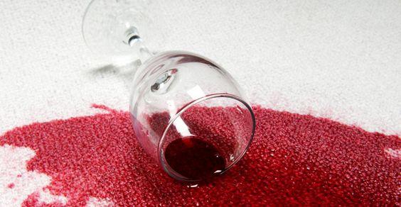 macchie di vino rimedi