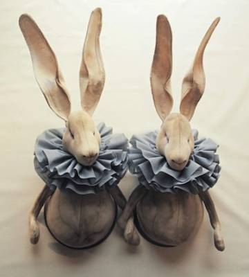 b2ap3_thumbnail_Twin-Ruffle-hares-winter1-923x1024.jpg