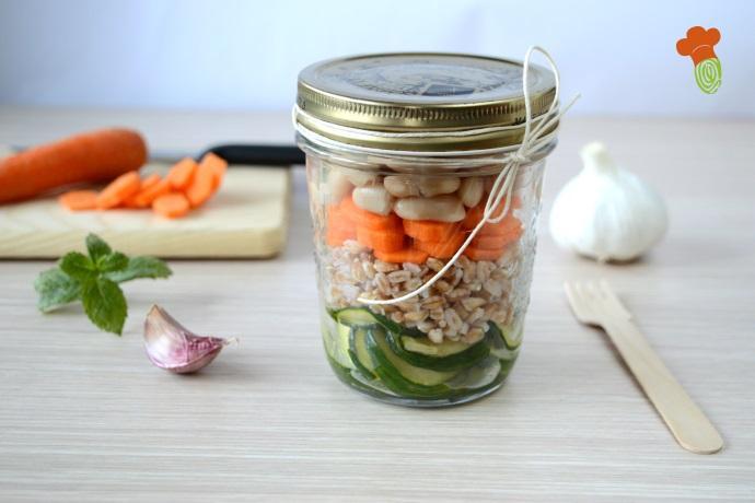 insalata farro e fagioli in barattolo