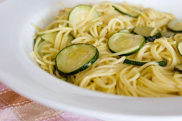 pasta zucchine curcuma