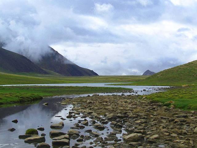 Shimshal-Lake-3