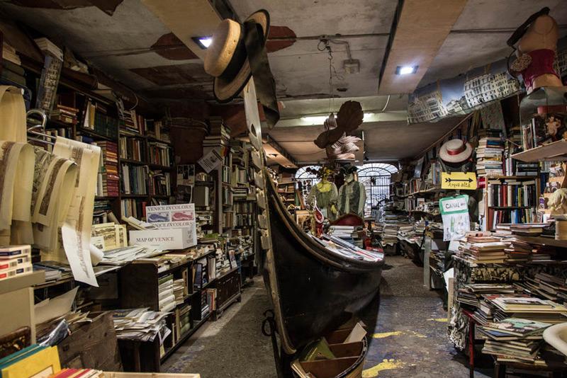 venezia-libreria-acqua-alta3