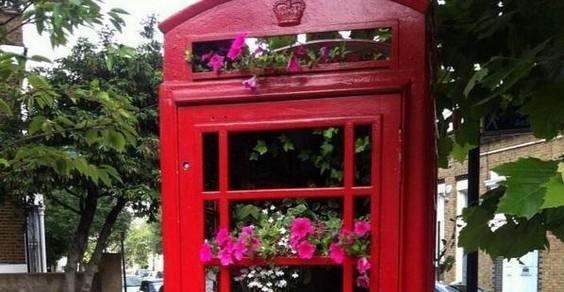 riutilizzare cabine telefoniche