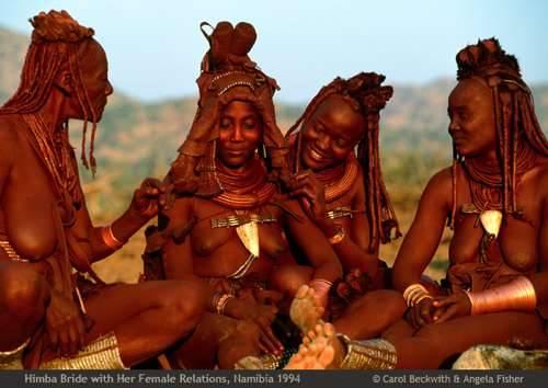 b2ap3_thumbnail_African-Ceremonies-Carol-Beckwith-e-Angela-Fisher-02.jpg