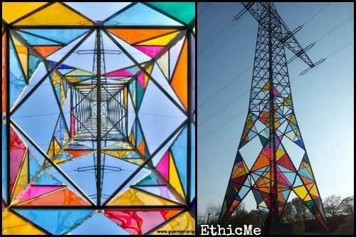 b2ap3_thumbnail_Una-torre-elettrica-diventa-opera-d_arte-05.jpg