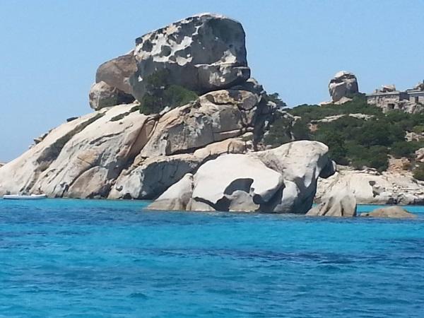 cala corsara roccia
