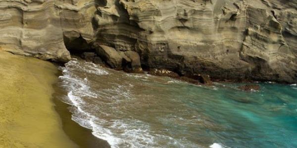 Papakolea green beach la meravigliosa spiaggia verde 04