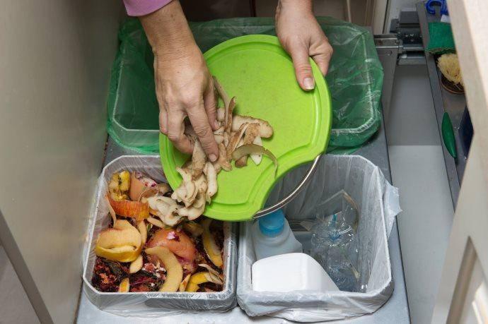 cibi e bevande da riutilizzare prima di gettarli via