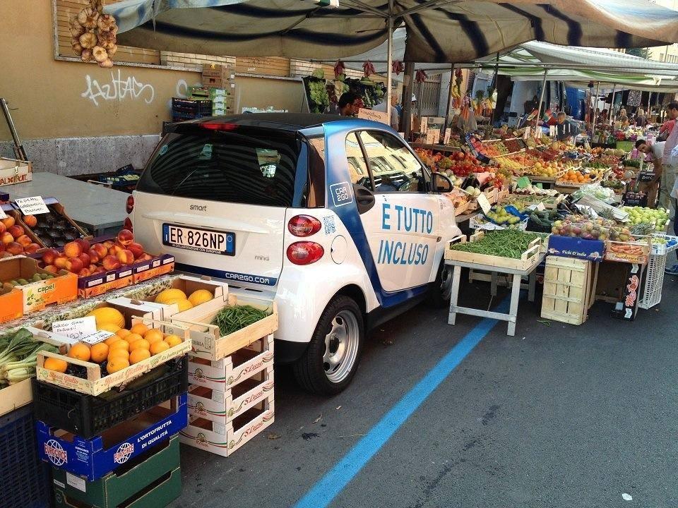 car2go parcheggio mercato