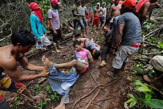 indigeni disboscamento amazzonia 2