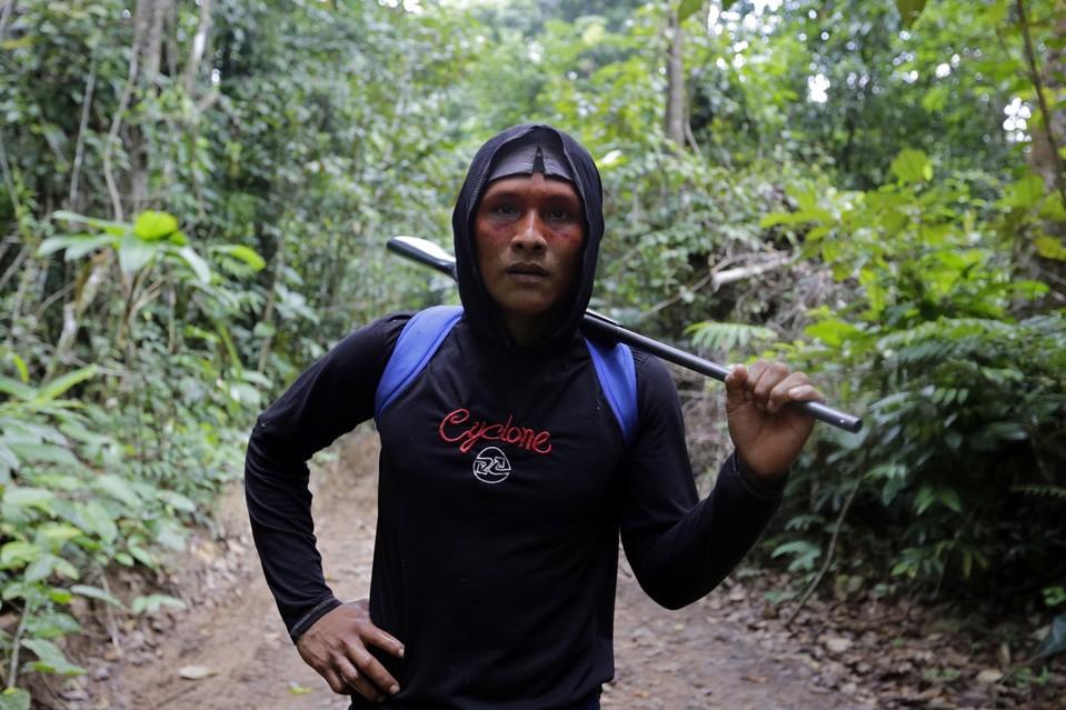 indigeni disboscamento amazzonia 4